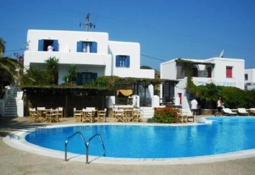 HOTEL MEDITERRANEO - Prices & Resort Reviews (Ios, Greece ...