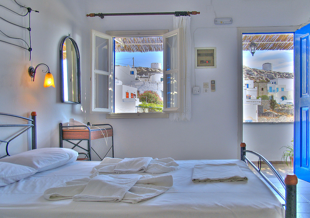 Double_room_View_from_Chora.jpg